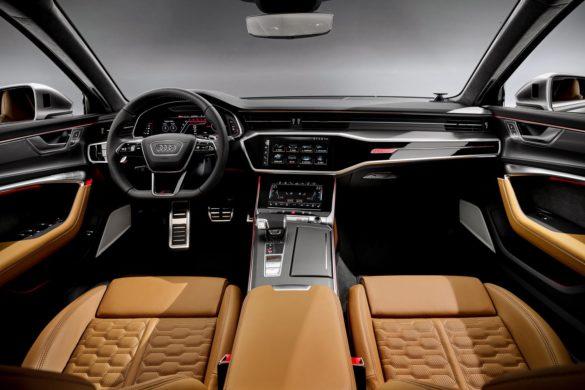 Se billederne: Ny Audi RS6 med 600 hestekræfter